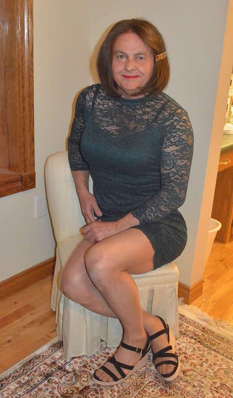 Green Dress sitting