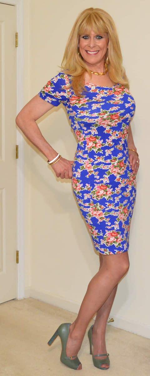 Blue flowered body con dress