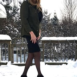 Black skirt and heels 👠