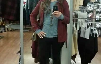 Shopping at the mall en femme!