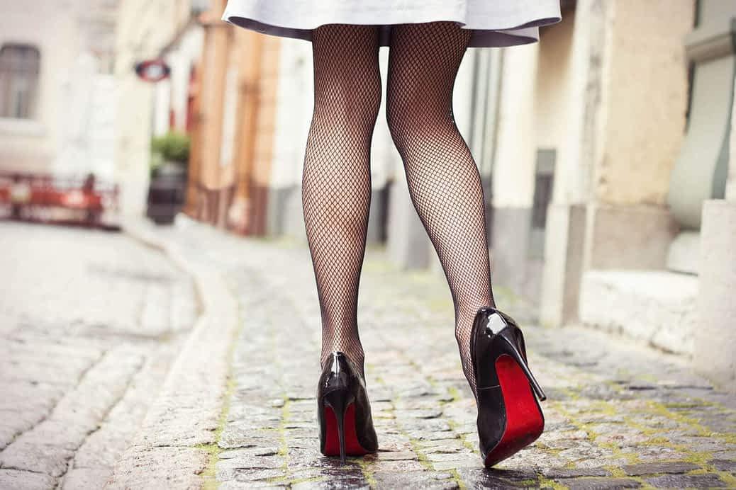 Science shows us a feminine walk