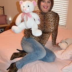 Time for jeans and Teddy bears too!