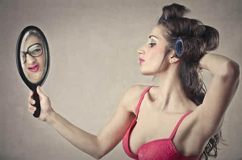 Makeup Mistakes Crossdressers Can't Afford to Make