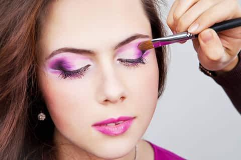 Professional makeup for crossdressers