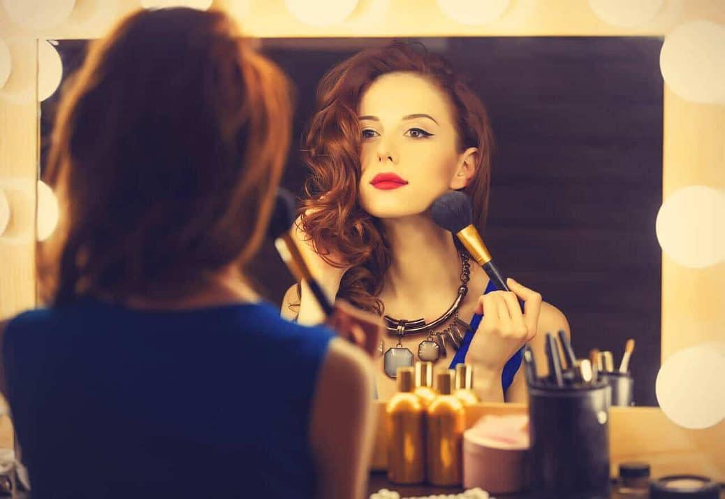Essential makeup tips for crossdressers