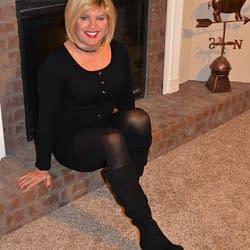 Blonde, On Black, On Black, On Black!