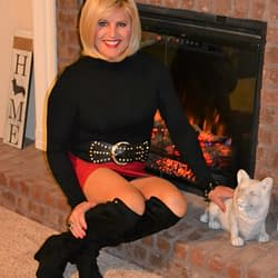 Red Spandex Mini Skirts Are Hot In The Fall!