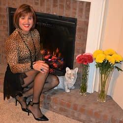 Scarlett Loves Long Sleeved Leopard Print Tops In The Fall!