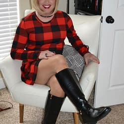 My very first picture in a lumberjill dress ever!