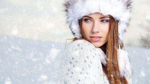 Cute crossdresser in the snow