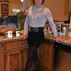 Scarlett Loves Spandex Mini Skirts!