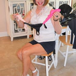 A String Of Vince Camuto Thongs – YUMMY!