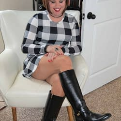 Girls, Please Pick Your Fave Lumberjill Dress Pic! This is #1