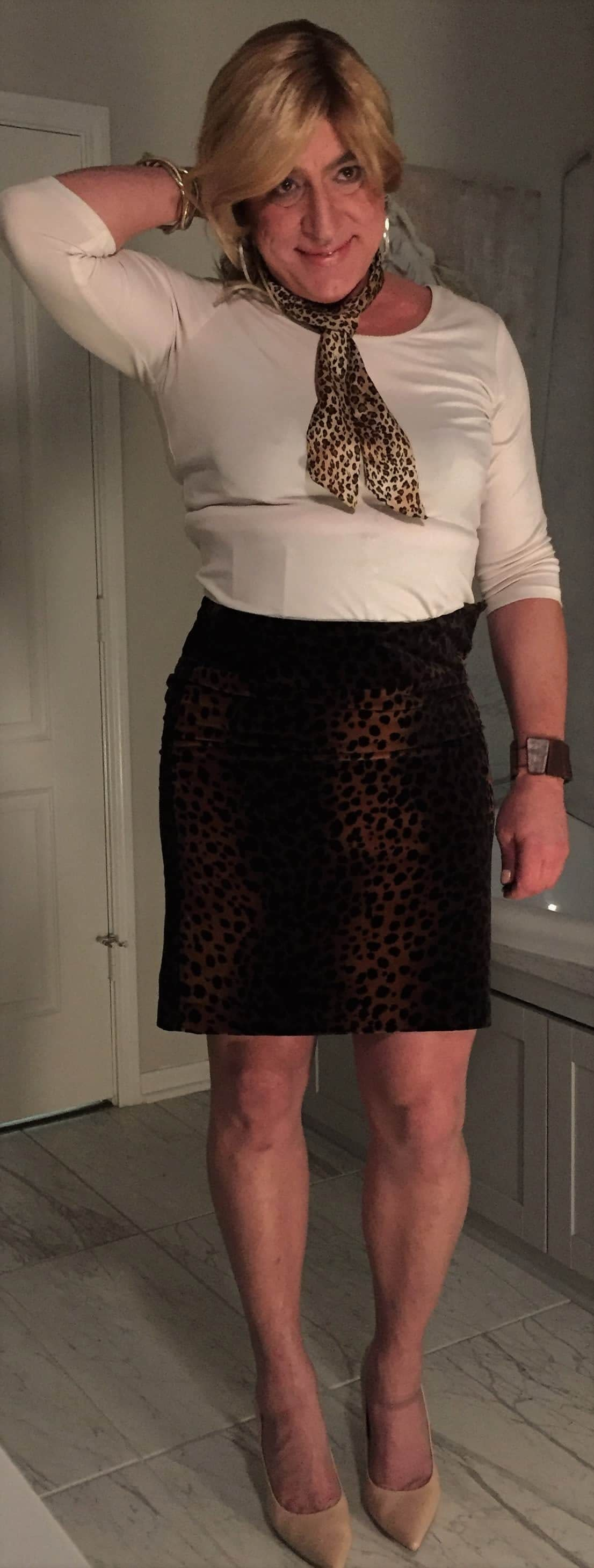 Leopard print skirt and scarf