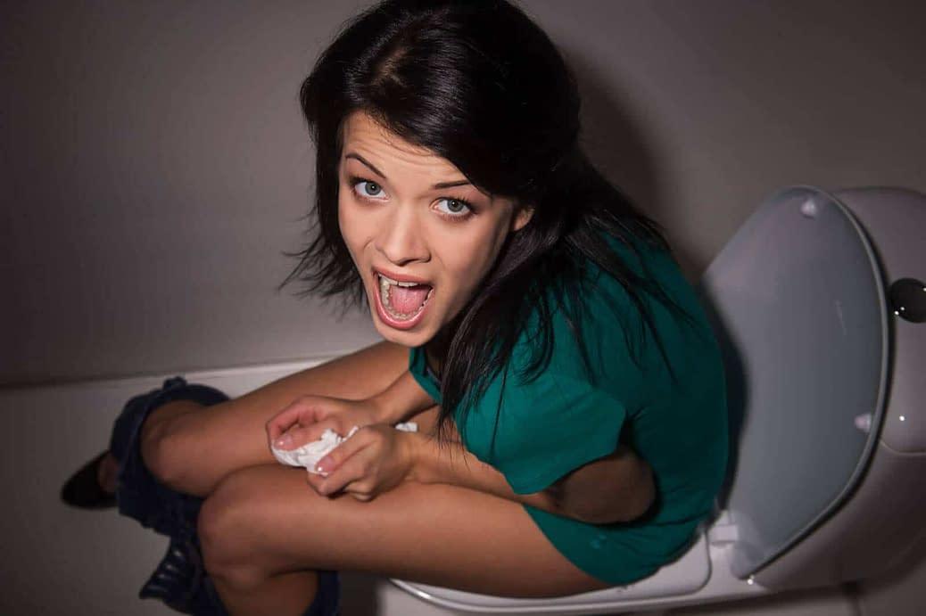 Crossdressers, do you sit to pee?