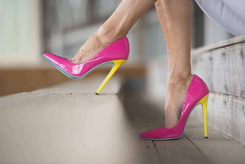 Crossdressers love high heel shoes